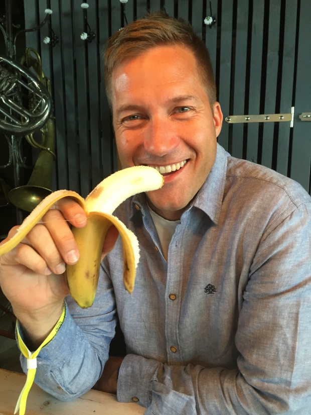 The lovely Lars and his banana